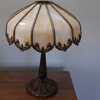 old slag glass lamp need help with any info on this item  and value? - Lamps