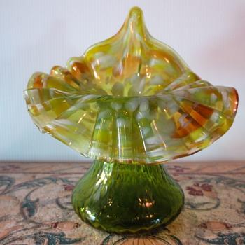 Kralik Spatter Glass Jack in the Pulpit Vase - Art Glass