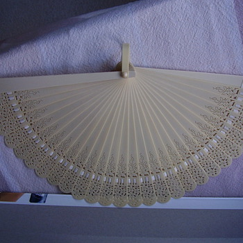 Ivory hand fan - Accessories