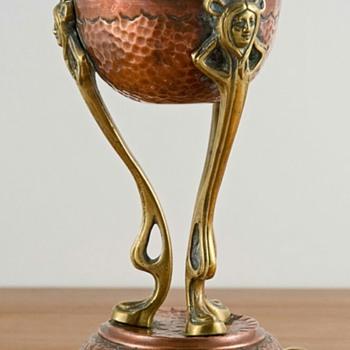 Art Nouveau cup - Arts and Crafts
