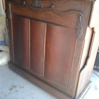 Early 1900s Murphy Bed - Furniture