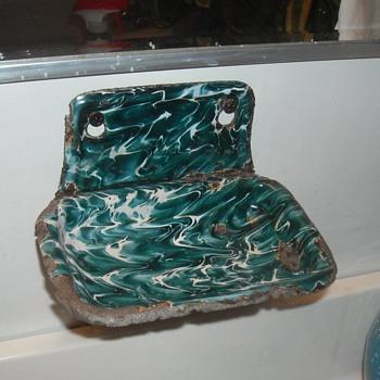Graniteware/Enamelware Chrysolite Soap Dish
