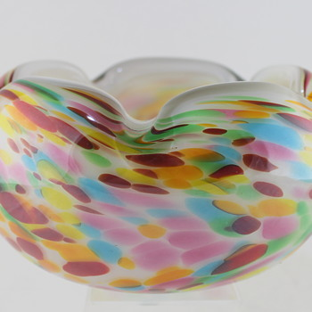 Confetti glass bowl from Fantasy Glass - Art Glass