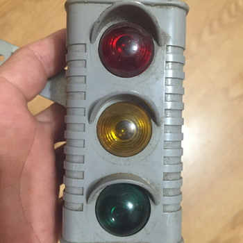 Barton Mfg Miniature Traffic Signal - Lamps