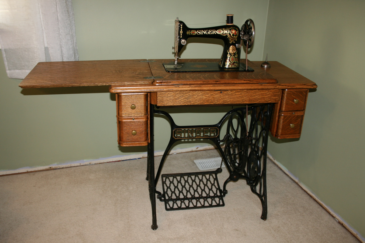"Singer ""Red Eye"" Treadle Sewing Machine 