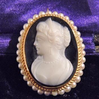 Vintage Deco F&F Felger Hardstone Cameo Seed Pearl 14k Pendant Brooch - Fine Jewelry