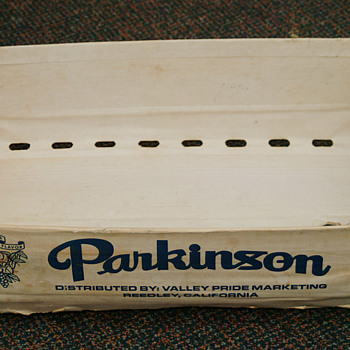 Parkinson Nectarine fruit basket - Advertising