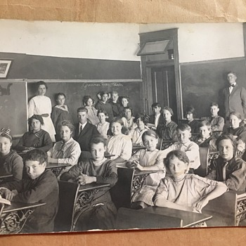 "Real Photo Postcard Bladen School Nebraska ""Grammar"" Classroom - Postcards"