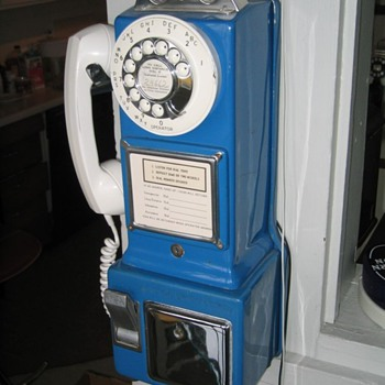 Automatic Electric Co. Blue Three-Slot Payphone - Telephones
