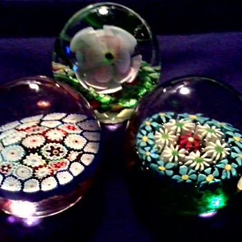 "Three Glass Paperweights / 2 With Original Murano ""Fratelli Toso"" Foil Labels 1 Unknown / Circa 1950-60 - Art Glass"