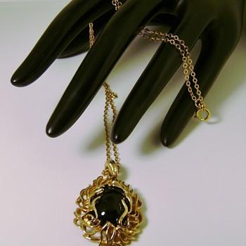Sarah Coventry Necklace - Blaze - Costume Jewelry