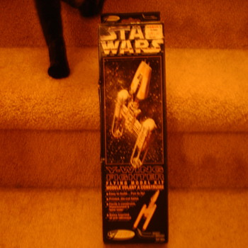 Star Wars Y-Fighter Balsa Wood Model  - Toys