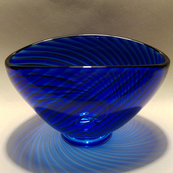 Colora by Lindstrand - Art Glass