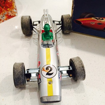 Daiya Lotus formula 2 vintage toy battery operated car