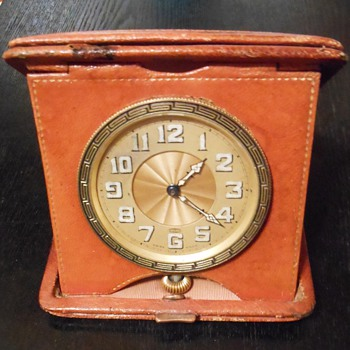 Antique Swiss made, 8 day, travel clock in leather case - Clocks
