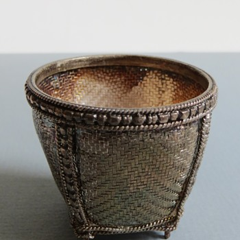 """Fine & tightly woven Silver Basket~1+3/4""""h~Beautiful!"""