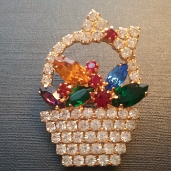 Eisenberg Ice Easter basket brooch  - Costume Jewelry