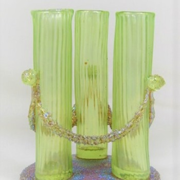 Loetz Empire Tube Vase ca. 1905 PN II-2636 - Art Glass