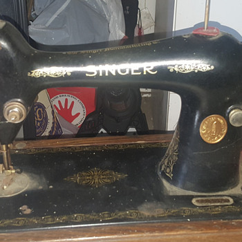 Vintage Sewing Collectors Weekly Stunning 1923 Singer Sewing Machine