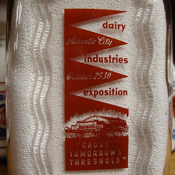 1/2 GALLON DAIRY INDUSTRIES EXPOSITION MILK BOTTLE.....October 25 - 30, 1954 - Bottles