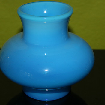 Eric Hogelund Kosta vase, c 1968 - Art Glass