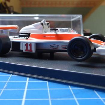 F1 Marlboro McLaren M23 die-cast - Model Cars