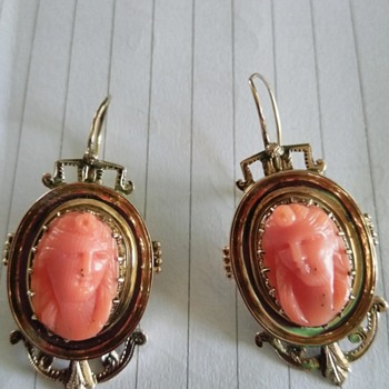 Antique Cameo earrings - Fine Jewelry