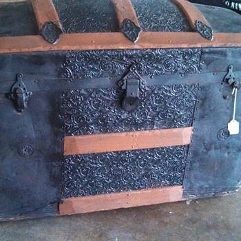 My first antique! - Furniture