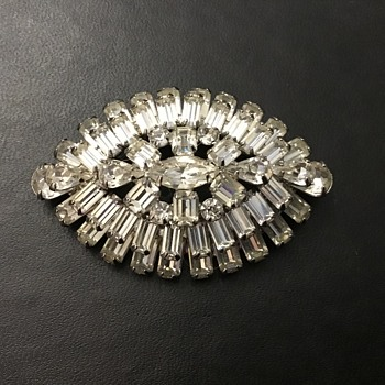 Weiss rhinestone brooch - Costume Jewelry
