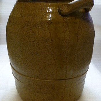 A modest pot - Pottery