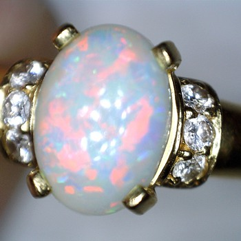 Brasil 18K Opal and brilliant yellow gold ring - Fine Jewelry