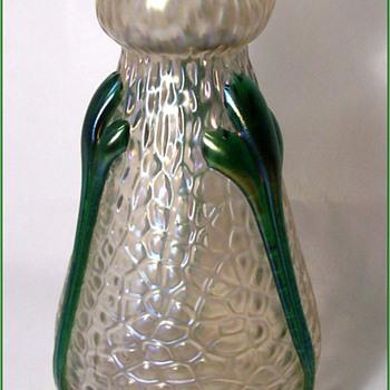 Kralik Martele Vase - Art Glass