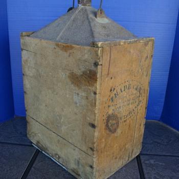 Wood encased oil can - Petroliana