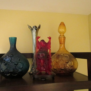 The other Set of Shelves - Art Glass