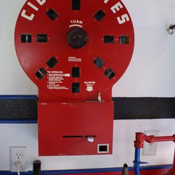Cigarette Vending Machine - Tobacciana