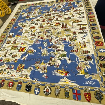 European tablecloth/tapestry with map and crest - Rugs and Textiles