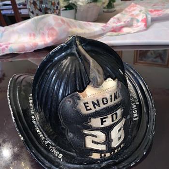 Baltimore MD Cairns Fire helmet - Firefighting