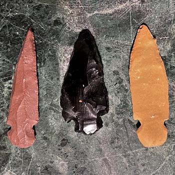 Three Arrowheads I found at La Pulga today. - Native American