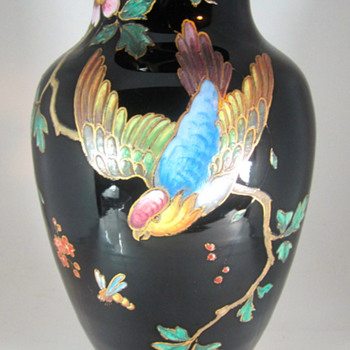 Harrach Enameled Vase in Black Amethyst glass, ca. 1880 - Art Glass