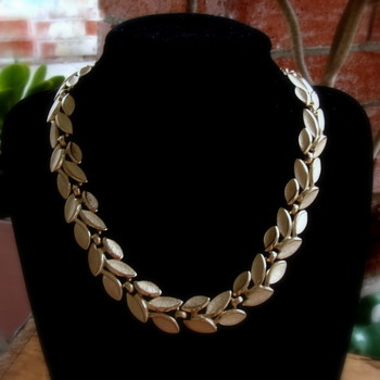 Gold Tone Trifari Leaf Choker - Costume Jewelry