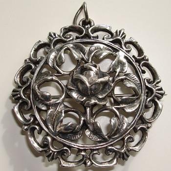 Silver coloured pendant brooch - Costume Jewelry