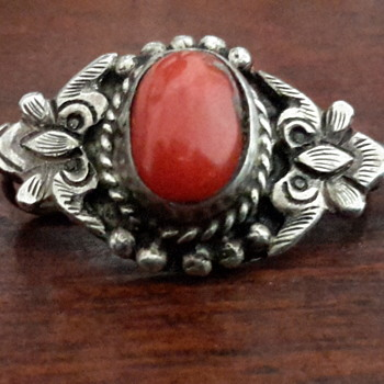 Arts and craft art nouveau sterling silver brooch - Silver