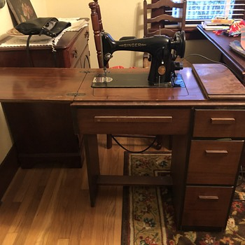 1902 singer sewing machine with table & bench  - Sewing