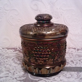 Northwood Grape & Cable Large Stippled Biscuit/Cracker/Cookie Jar