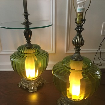 Retro table lamp and floor lamp. - Lamps