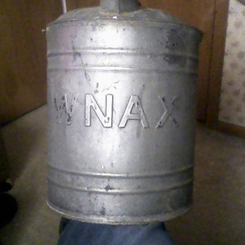 WNAX Gas Can - Petroliana