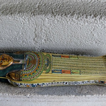 Queen Nefertiti coffin found in California, USA! - Advertising