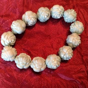 Flower bracelet  - Costume Jewelry