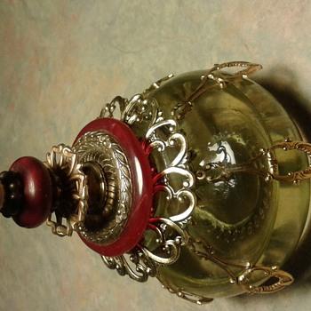 Fancy little miniature oil lamp - Lamps