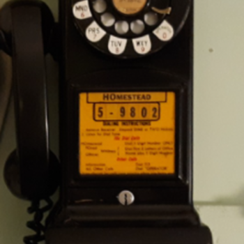Western Electric 233G Three Slot Payphone - Telephones